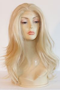 available for rent: stunning diva wig with lots of hair, very natural platinum blonde hair with lace front, amazing !