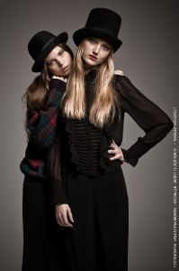 fashion-and-glamour_04_makeup-for-london-street-fashion-catwalk-sophia-jenny