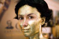 bodypainting_01_bright-golden-body-painting-for-hostess-italian-event-vinitaly