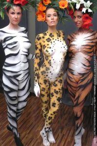 bodypainting_08_wildlife-tiger-zebra-leopard-body-painting-milan-fashion-show-catwalk